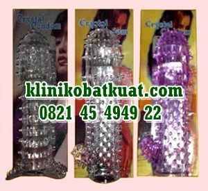 Kondom crystal berduri alat seks buat kontrasepsi dari karet silikon dengan variasi duri halus lembut nikmat menambah sensasi fariasi bercinta. http://klinikobatkuat.com/kondom-silikon/kondom-crystal