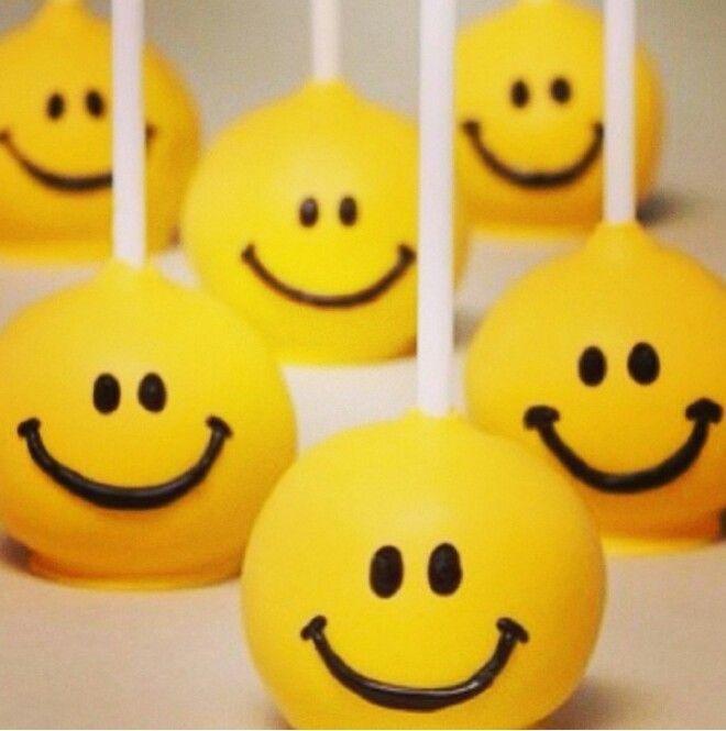 Happy Face Cake Pops