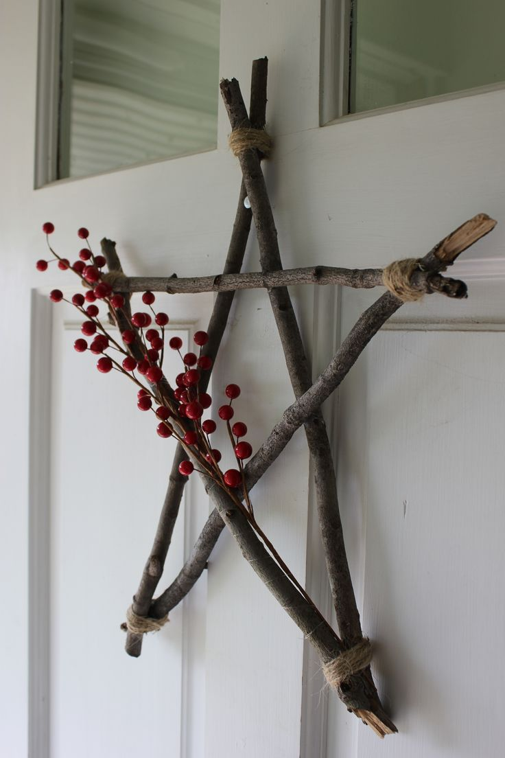Tree branches for crafts - A Star I Made From Branches Glue Twine And Berries Love How