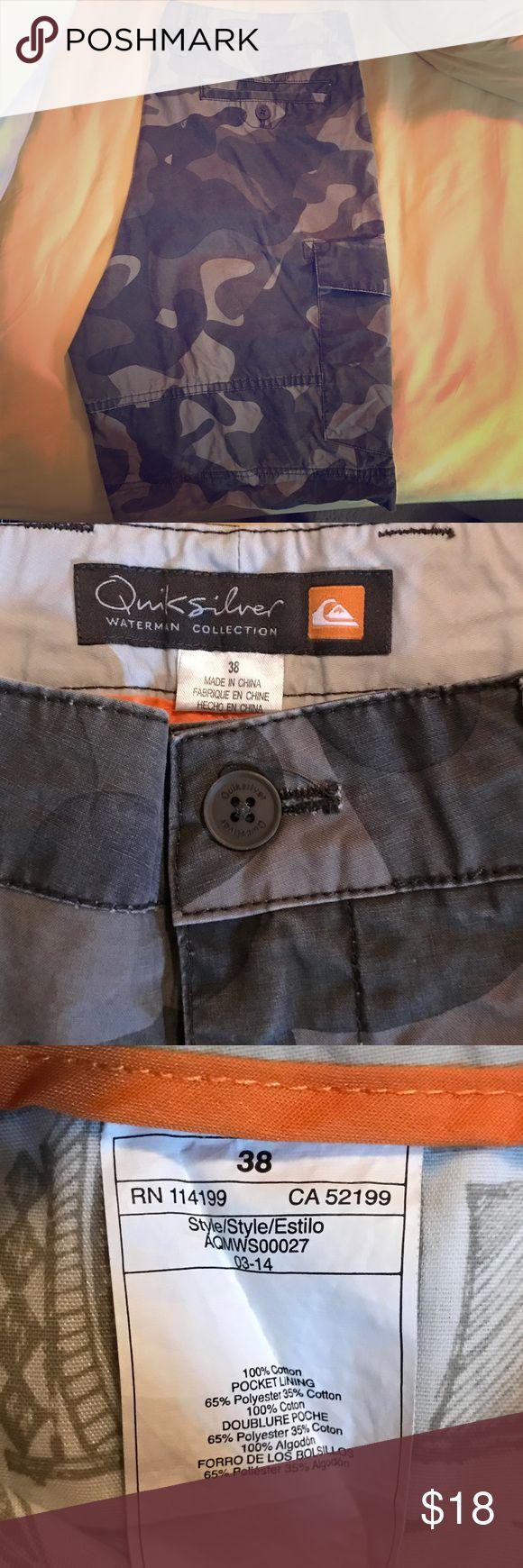 Quiksilver men's camo shorts size 38 Quicksilver camo shorts - great condition size 38 Quiksilver Shorts