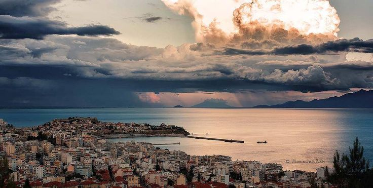 Spectacular Panorama of Kavala! Καβάλα | Πανόραμα photo ©Fotis Mavroudakis