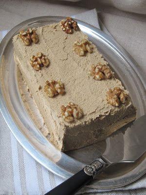 La cuisine d'ici et d'ISCA: Gâteau aux noix et au café