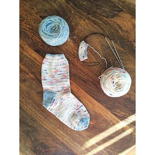 Ravelry: ShariCharlie's, my favorite socks