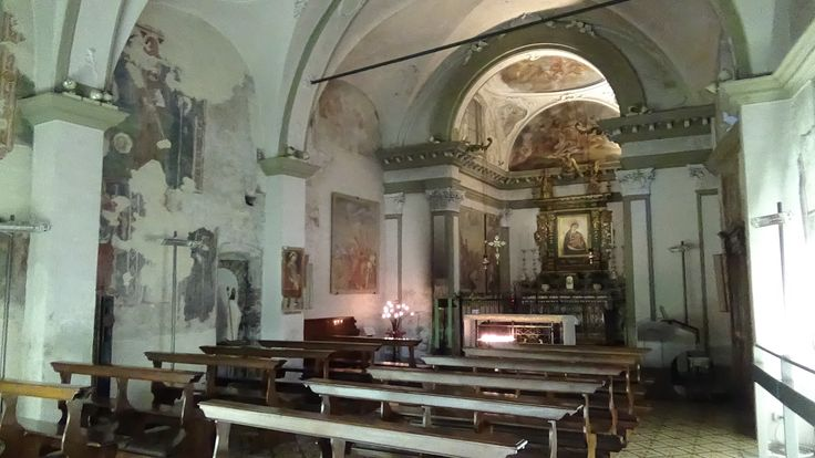 Market Church-Inside view