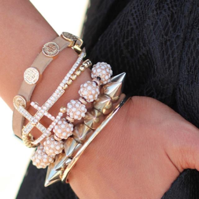 Bangles Jewelryyyyyyyyy Pinterest Bangle Bracelets And Bling