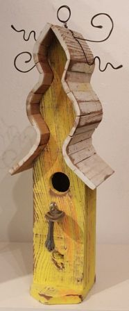 Birdhouse - Yellow with Spoon and White Roof (DB17)