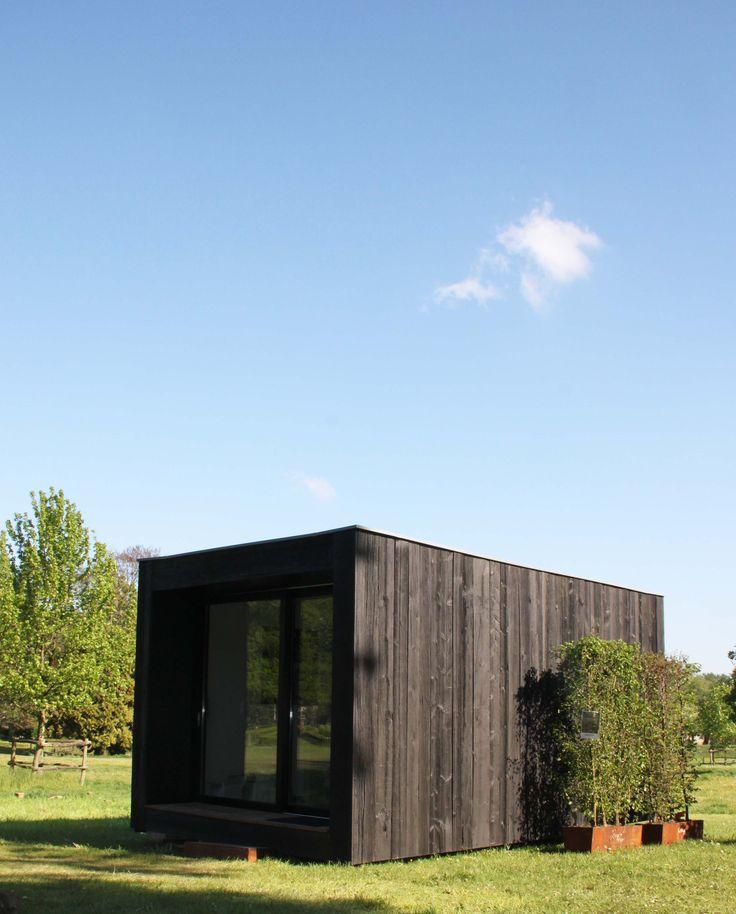 Meer dan 1000 idee n over abri de jardin moderne op pinterest schuren platte dak en chalet luxe - Fondation abri jardin pau ...