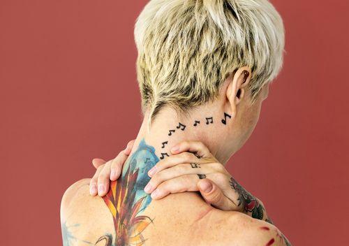 Wie finde ich gute Tattoo Studios in Waldkraiburg - Mit Tattoo-Studio Finder die besten 3d und Portrait Tätowierer und Cover Up Tattoo Studios Waldkraiburg -  Tattoo Künstler in Waldkraiburg und Umgebung suchen.