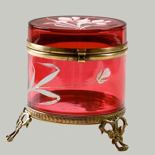 Античный викторианской Клюква эмалированные стекла Брелок Box Jar Золоченая бронза позолоченная горе