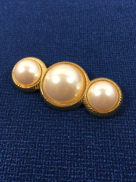 3a399c0e9e6 Richelieu Faux Pearl Brooch Designer Signed Vintage Mid Century 1950s 1960s  Simulated Three Pearl Gold Tone Creamy White Bar Pin Pearls