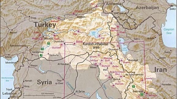 Cette carte de 1992 réalisée par la CIA montre les zones occupées par les Kurdes. Elles sont à cheval sur la Turquie, la Syrie, l'Irak et l'Iran. | CIA / WIKIMEDIA COMMONS