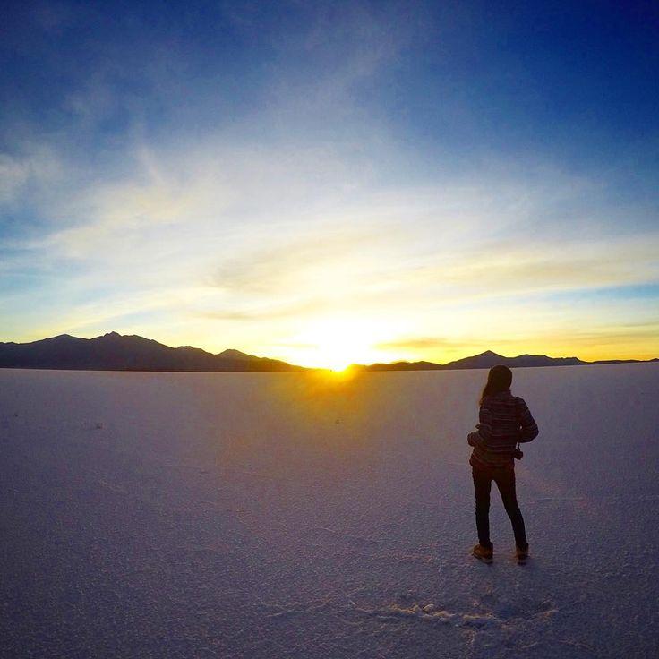 【厳選40枚】死ぬまでに見たい絶景!ウユニ塩湖、表情の変わる7色の絶景画像 | RETRIP[リトリップ]