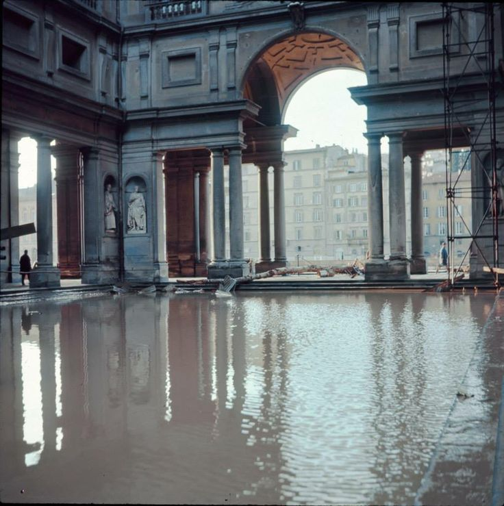 The Florence flood on November 4th, 1966. Piazza degli Uffizi, Florence.