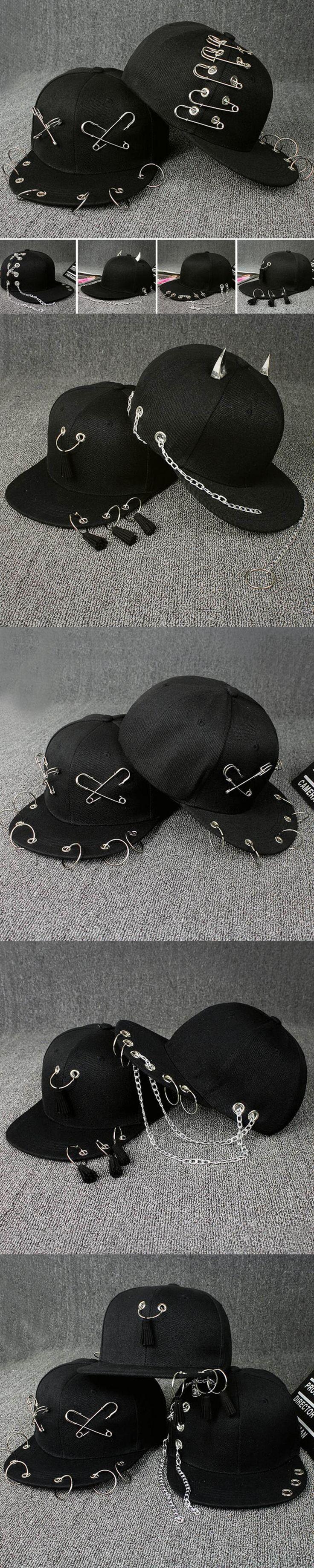 2017 Fashion Men Ring Cotton Baseball Caps Summer Women Sun Hats Metal Rings Visor Hat Male Safty Pin Curved Cap Black