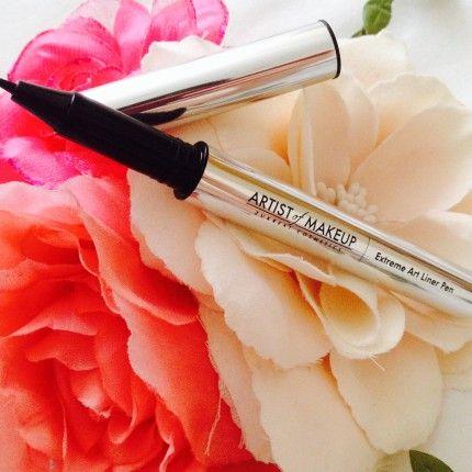 L'eyeliner del futuro si ricarica come una stilografica