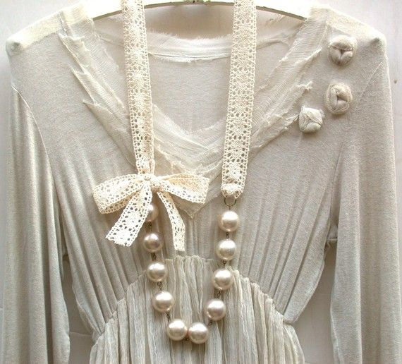 Carrie Bradshaw Inspired Giant Vintage Cream Pearls Long Necklace In Elegant Beige Crochet Cotton Lace Ribbon