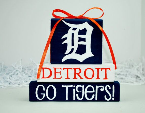 Hey, I found this really awesome Etsy listing at http://www.etsy.com/listing/162477173/detroit-tigers-baseball-woodenblock