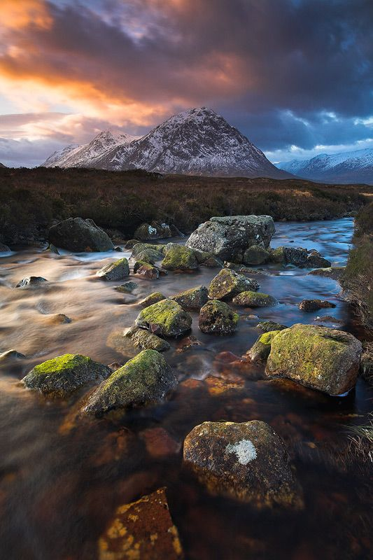 Winter in Rannoch Moor, Scotland- its friiiking amazing hard 2 believe that's a picture looks like a painting beautiful