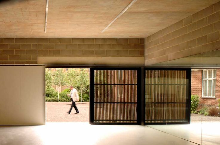 nowoczesna-STODOLA-The-North-Wall-Haworth-Tompkins-Architects-02