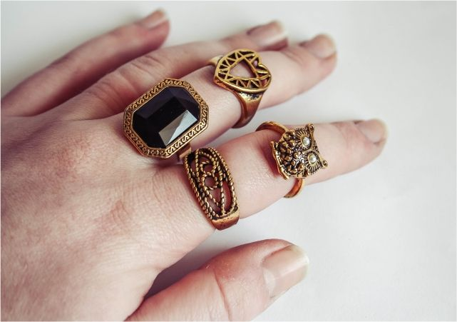 Just a Minor Ring Obsession #style #fashion #accessories #jewelery #jewellery #fblogger #fblog #rings