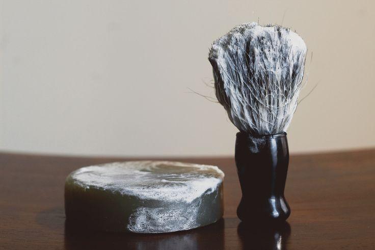 Hunter Cedar   Fir Needle Shave Soap