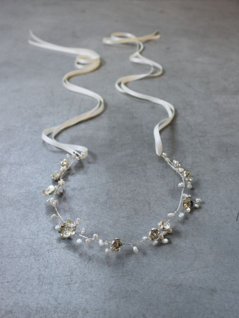 Decolove Pearldrop Silver Bridal Halo, handwired fromsilver coated flowers and freshwater pearls