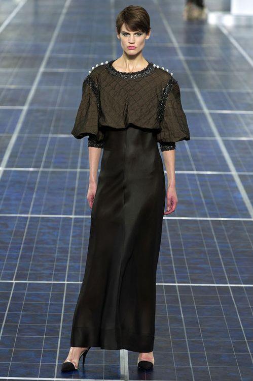 Le top Saskia de Brauw Défilé Chanel printemps-été 2013