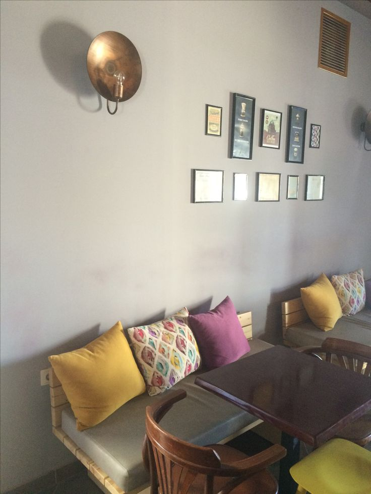 Apothiki cafe bar Interior Decoration