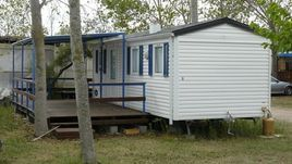 How to Decorate an Older Single-Wide Mobile Home