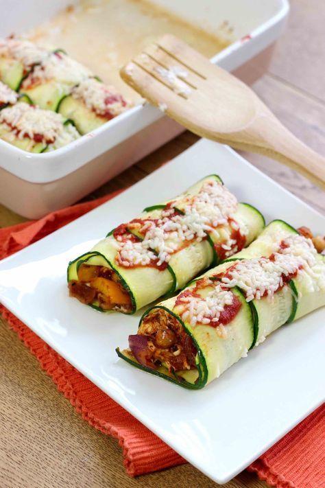 Hier vind je het recept voor courgette enchiladas en pulled chicken. Enchiladas zonder wraps, want hiervoor gebruik je courgette. Lekker en koolhydraatarm!