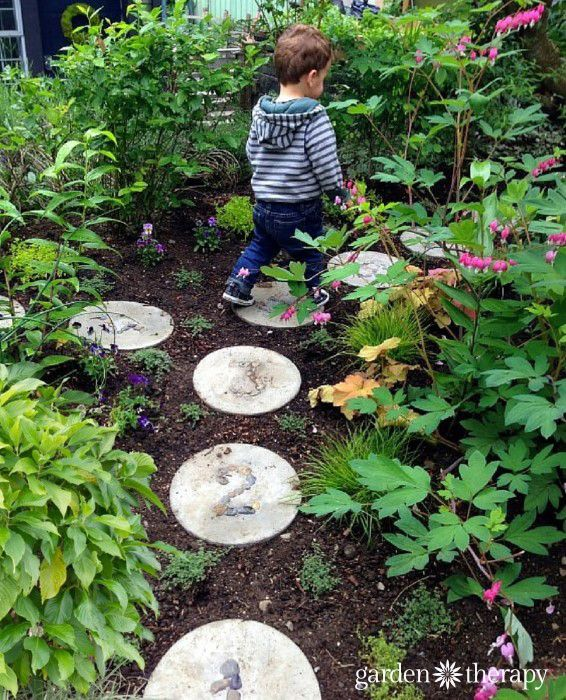 25+ Beautiful Garden Stepping Stones Ideas On Pinterest | Stepping Stone  Crafts, Decorative Garden Stones And What Is A Leaf