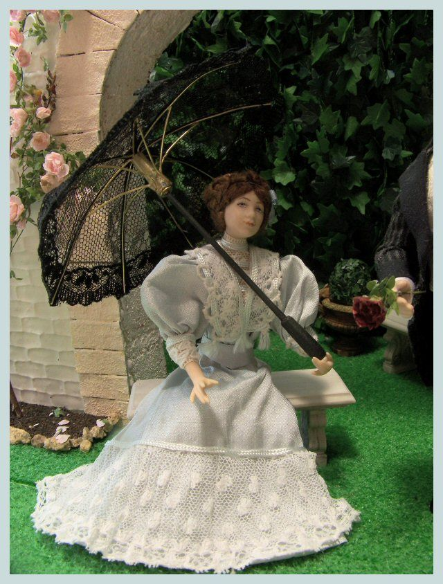Louise by les Miniatures de Béatrice.