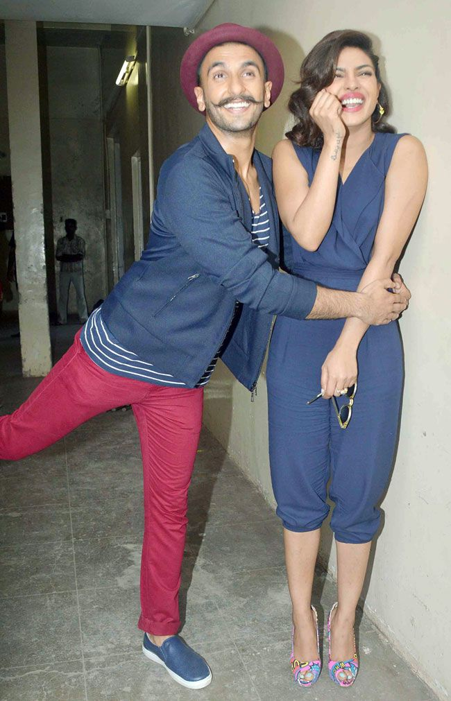 Ranveer Singh and Priyanka Chopra having fun while promoting 'Dil Dhadakne Do'.