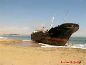 1000 images about ship wrecks treasures etc on pinterest shipwreck underwater shipwreck. Black Bedroom Furniture Sets. Home Design Ideas