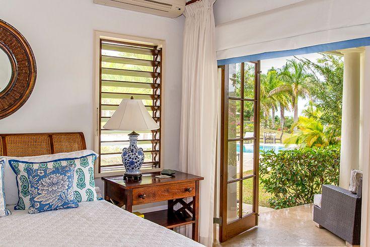 Sea Salt is een luxe vijf slaapkamer vakantie villa op een privé landgoed met zwembad en butler te Tryall Club Jamaica