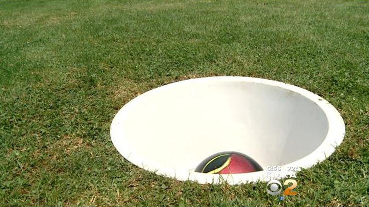 Local Golf Course Offers First 'Footgolf' Course In WesternPa. - CBS Pittsburgh… Yes please?!?