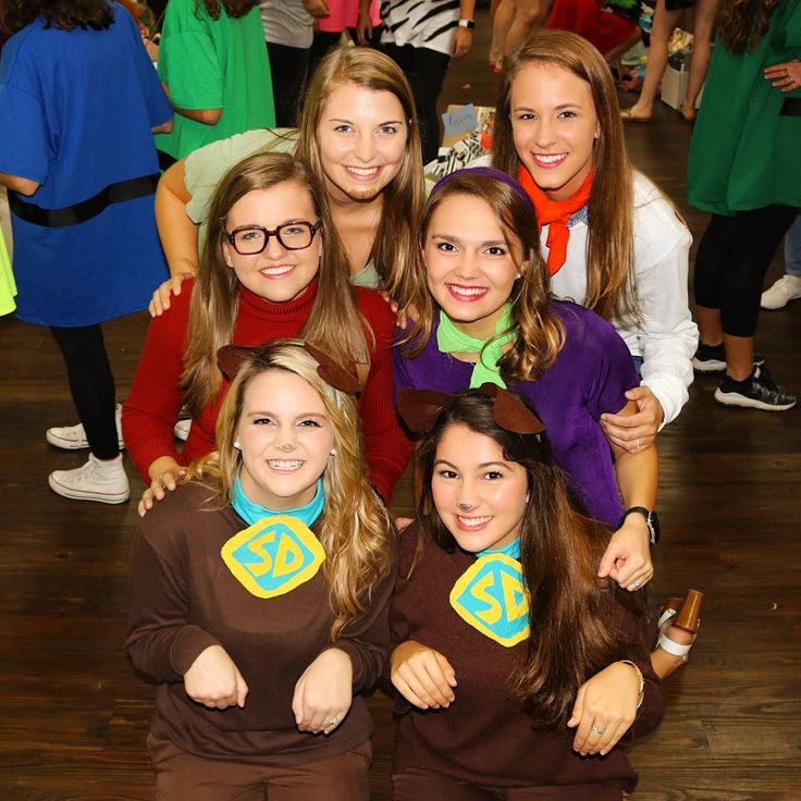 Big little reveal--Scooby doo costume