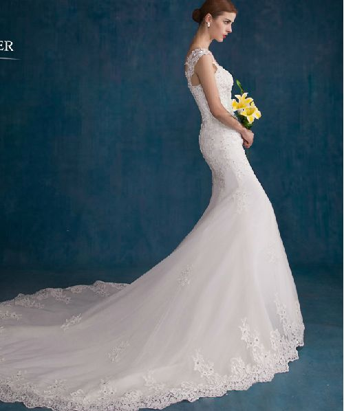 Den nya våren och sommaren 2015 mode brudklänning avslutande spets vintage bröllop