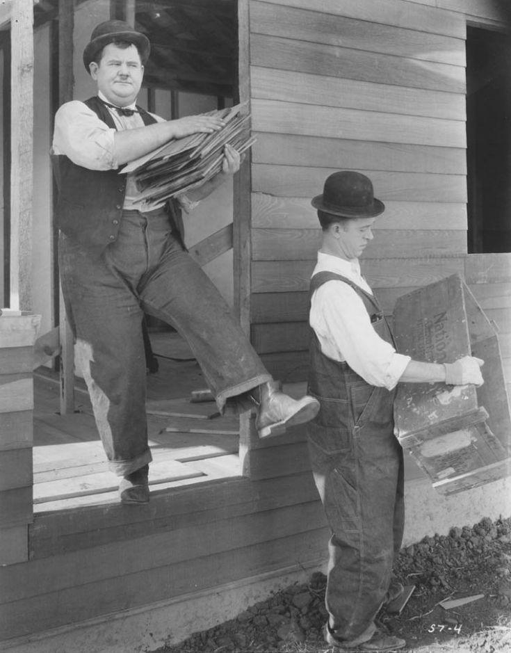 Laurel & Hardy, Constructeur