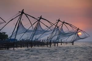10 Places to Visit to Explore Kochi's Diverse Heritage: Chinese Fishing Nets