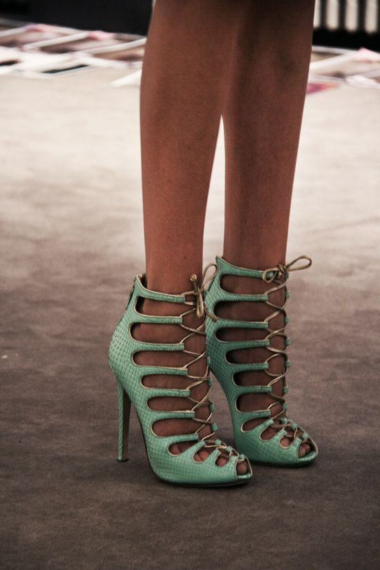 Giambattista Valli ss 2012 Photos by Filep Motwary  ©: Green Shoes, Women Fashion, Mintgreen, Mint Green, Giambattista Valli, Lace Up Heels, Fashion Looks, High Heels, Dreams Coming True