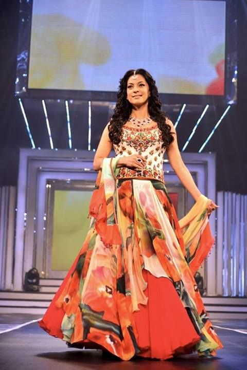 Juhi Chawla for Diva'ni at Yash Chopra Tribute