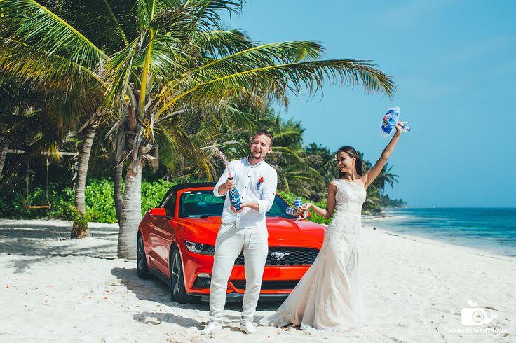 Да-да, не удивляйтесь – в Доминикане вы можете доехать на машине практически до кромки океанского прибоя . А тем более на таком красавце, как красный спортивный мустанг-купе🚗! Здесь мы найдем для вас машину мечты, и вы сможете воплотить в реальность свои фантазии – промчаться с ветерком по берегу моря в кабриолете, открыть бутылку шампанского, сидя на капоте ретро-автомобиля или сделать красивую романтическую фотосессию в салоне роскошного лимузина👍. Расскажите нам, какой автомобиль вы…