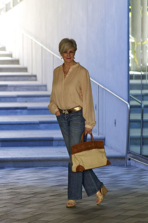 1000 Ideas About Mature Women Fashion On Pinterest Fashion Tips Apple Body Shapes And Fashion