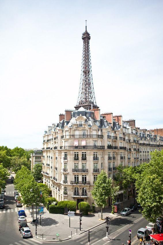 The beautiful 7th arrondissement in #Paris. {Photo by One and Only Paris} This is where we stay!!!