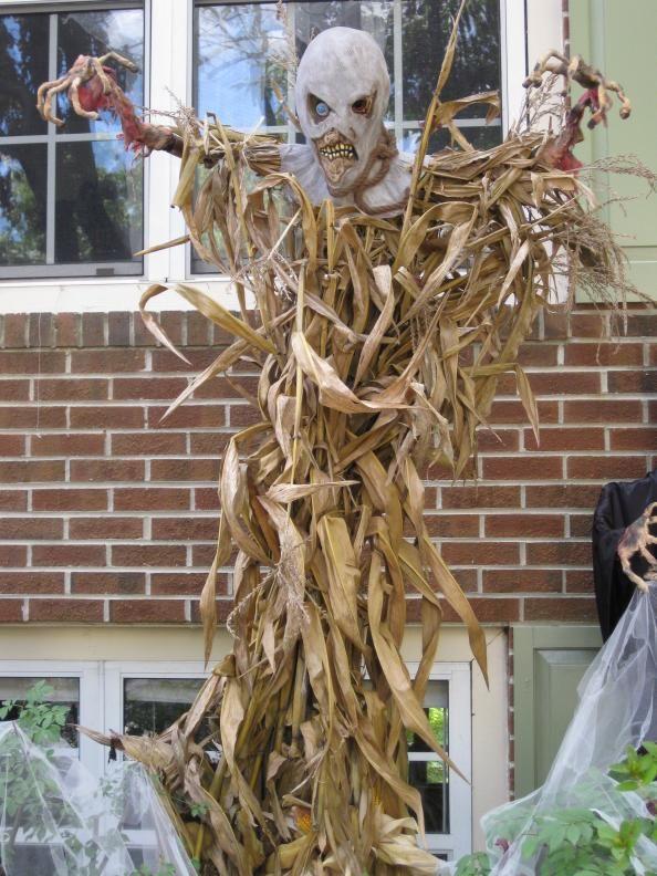 77 Best Scarecrows Images On Pinterest Halloween Prop