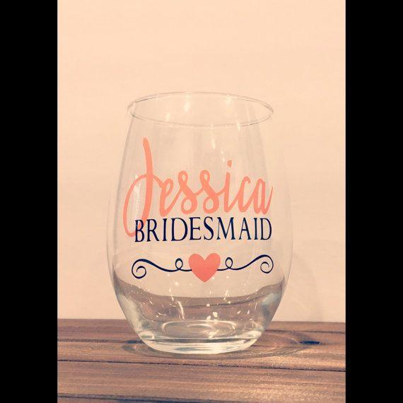 Custom Bridal Party Wine Glass, Bridesmaid wine glass, Made of honor wine glass, Bridal Party gifts, Custom Wine Glasses,