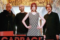Garbage — британско-американская рок-группа. В составе: шотландская певица Ширли Мэнсон — вокал, гитара, клавишные, + американские музыканты Стив Маркер гитара, синтезаторы, Дюк Эриксон бас-гитара, гитара, перкуссия, Бутч Виг ударные, перкуссия. Коллектив стал �
