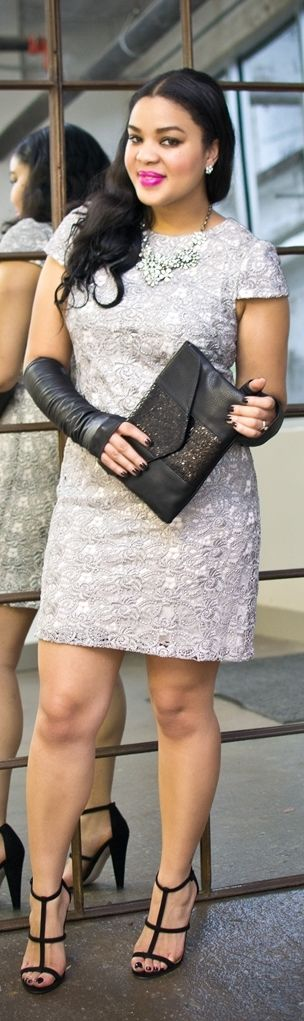 New Years Eve Look!    http://fashionista-next-door.com/2013/12/12-days-of-holiday-party-outfits-another-glam-new-years-eve-look-win-my-dress.html