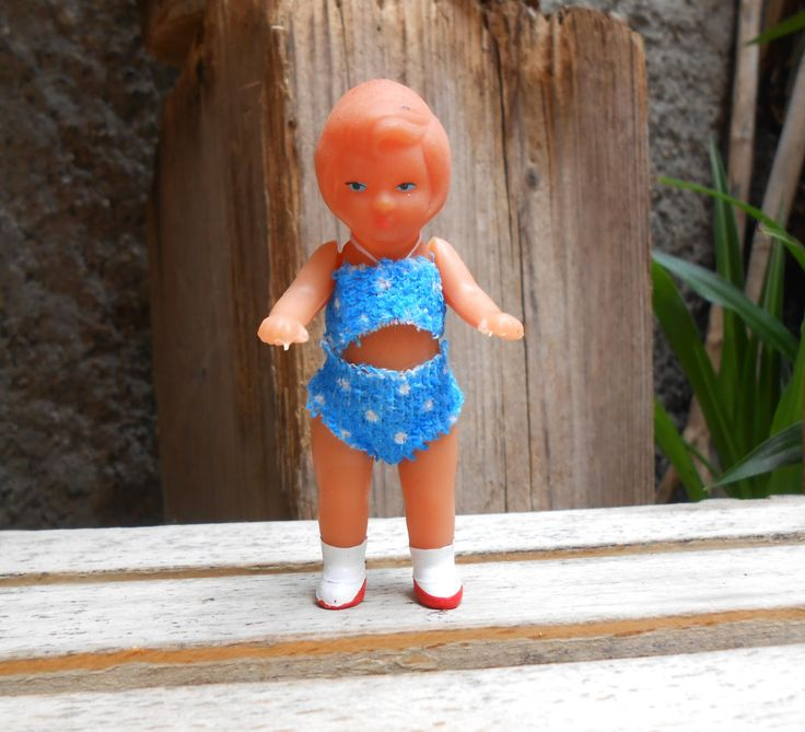 Vintage 3,5 inch doll, little German doll original clothes, dollhouse doll, rubber doll, two pieces outfit, collectible mini doll Germany di lepropostedimari su Etsy